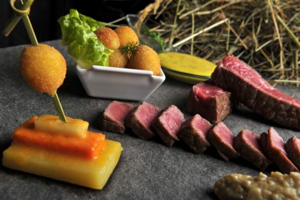 Meat dish at the Le Haut-Allier Restaurant